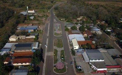 Governo já pavimentou parte da chamada Estrada do 21 e agora prepara asfaltamento de mais um trecho (Foto: Chico Ribeiro)