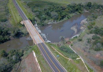 Foto: Chico Ribeiro (Ponte sobre o Rio Santo Antônio)